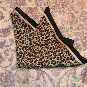 Kittenish Leopard Scarf